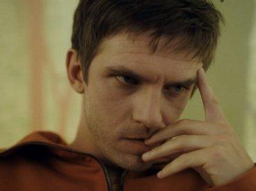Eurovision diventa film Netflix con Dan Stevens cantante russo