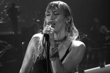 """VMA 2019, primo live di """"Slide Away"""" per Miley Cyrus – video"""
