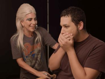 Lady Gaga, sorpresa a un fan che fatto coming out grazie alla sua Born this Way – video