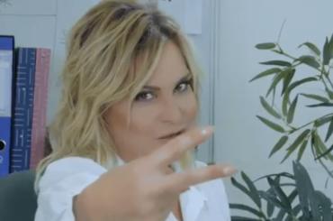 La Domenica Ventura, primo spot per il nuovo programma di Simona Ventura – video