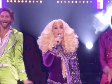 Cher LIVE con Waterloo alla finale di America's Got Talent 2019 –  video
