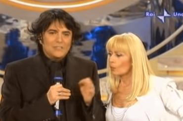 Raffaella Carrà intervista Renato Zero nella seconda stagione di A Raccontare Comincia Tu