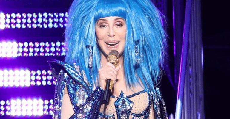 Cher, l'Here We Go Again Tour è sbarcato in Europa – video