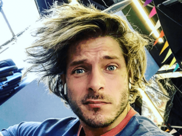 Gabriele Rossi in mutande, la foto social