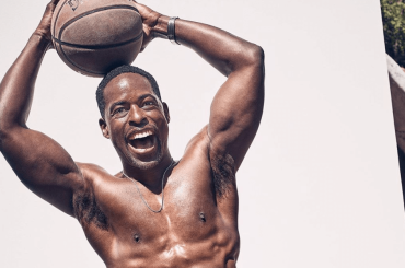 This is Us, Sterling K. Brown gnagnissimo per Men's Health – foto