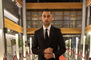 Mahmood al Parlamento Europeo, le foto social