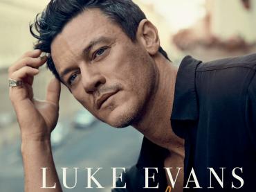 """Luke Evans, ecco perché ha realizzato la cover di """"If I Could Turn Back Time"""" di CHER"""