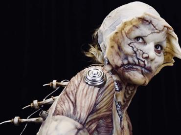 Heidi Klum regina aliena di Halloween, le foto