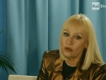 """Raffaella Carrà dice NO a Sanremo 2020: """"Per carità, sarò in viaggio"""""""