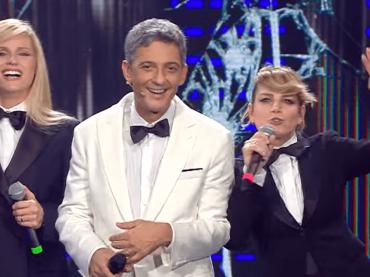 """Fiorello, Emma Marrone e la Hunziker omaggiano Antonello Falqui con """"Zum zum zum"""" – video"""