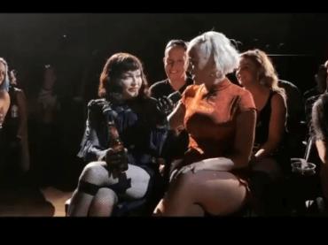 """Katy Perry al Madame X Tour di Madonna: """"Tu sei la Regina"""" – il video"""