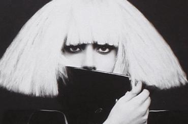 The Fame Monster di Lady Gaga compie 10 anni