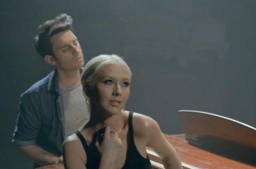 "Christina Aguilera canta Andrea Bocelli, ecco la sua  ""Fall On Me"" – audio"