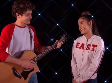 High School Musical, il cast della serie reboot omaggia live i brani della serie originale