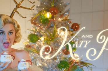 Cozy Little Christmas di Katy Perry, il video ufficiale