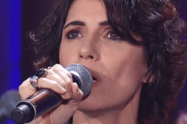 Giorgia canta All I Want For Christmas Is You di Mariah Carey – il video
