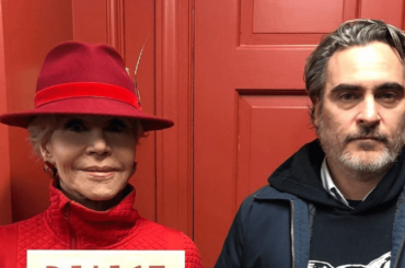 Joaquin Phoenix manifesta insieme a Jane Fonda: ARRESTATO
