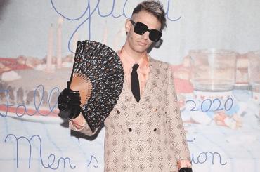 Achille Lauro pazzesco alla sfilata di Gucci, foto social