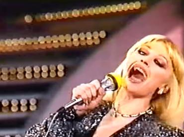 Sanremo 70, – 4: quando la divina Raffaella Carrà fece il suo esordio all'Ariston come SUPEROSPITE – video