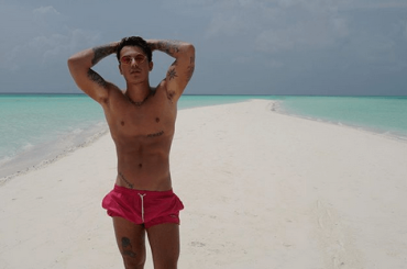 Federico Rossi gnagno alle Maldive, le foto social