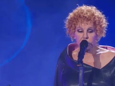 """Ornella Vanoni canta """"La voce del silenzio"""" – VIDEO"""
