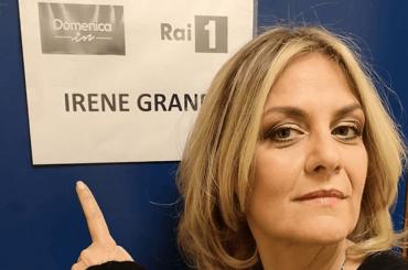"""Mara Venier chiede scusa a Irene Grandi dopo la gaffe: """"Sono rincoglionita"""""""