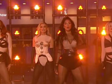 Pussycat Dolls live con React alla BBC, video