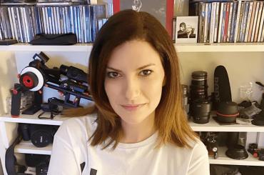 """Laura Pausini, """"Vorrei fare uno show tv con Raffaella Carrà, un nuovo disco nel 2021, rimpiango l'Eurovision"""""""