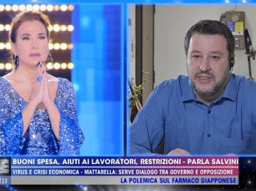 Barbara D'Urso e Matteo Salvini recitano il ROSARIO in diretta tv, video