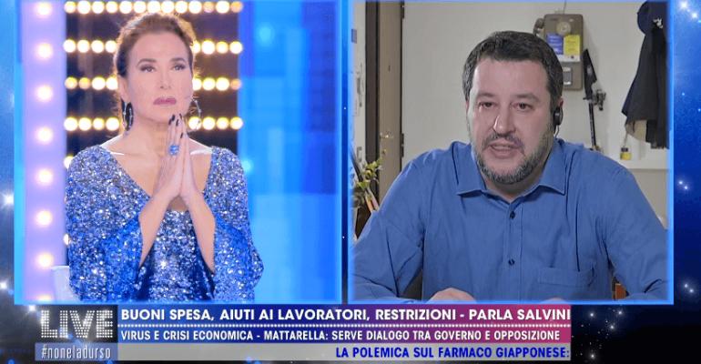 """Don Ciro Miele contro l'Eterno Riposo di Barbara D'Urso e Matteo Salvini: """"Quei due non stanno bene"""""""