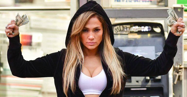 """Jennifer Lopez parla della mancata nomination agli Oscar: """"Mi ha fatto male, è stata una delusione"""""""