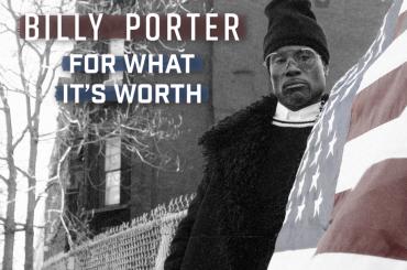 """Billy Porter canta l'iconica """"For What It's Worth"""" chiamando gli americani al voto contro Donald Trump – audio"""