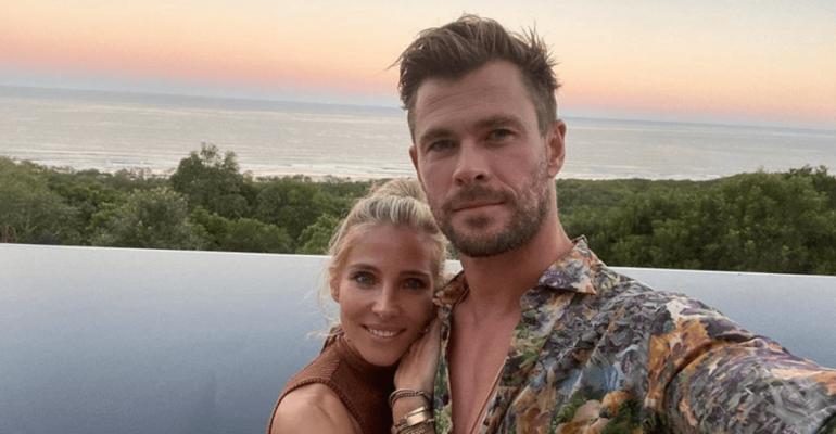 Chris Hemsworth in costume, le foto social