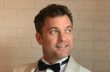 Little Fires Everywhere, Joshua Jackson in mutande – le foto