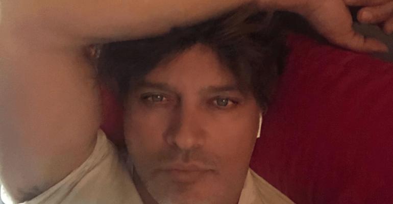 Gabriel Garko, selfie hot dalla doccia – foto social
