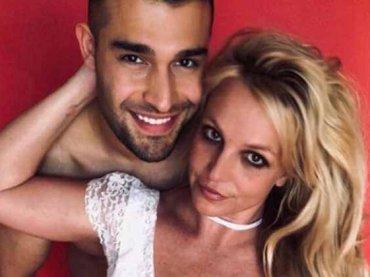 """Britney Spears, si dimette il manager storico: """"Vuole ritirarsi, non sono più necessario"""""""