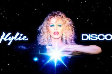 Disco di Kylie Minogue batte le Little Mix e conquista la chart inglese al debutto (con due record)