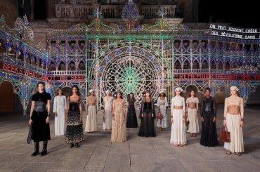 DIOR show a Lecce, la fantastica sfilata sulle note della Taranta – video