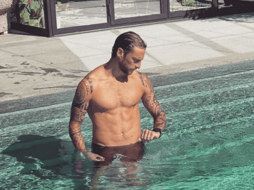 Claudio Marchisio in costume, le foto social