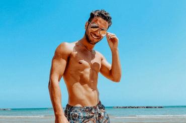 Gianluca Ginoble de Il Volo in costume, le foto social