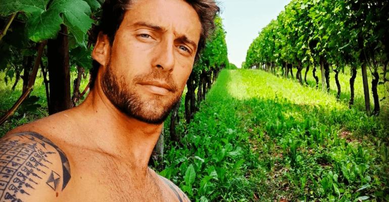 Claudio Marchisio sempre in costume, la nuova foto social