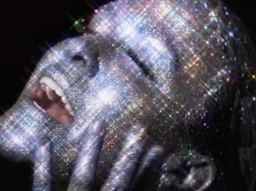 """Alanis Morissette sforna un altro inedito, ecco """"Reckoning"""" – audio"""