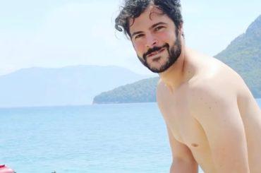 Guglielmo Scilla in costume, il video social