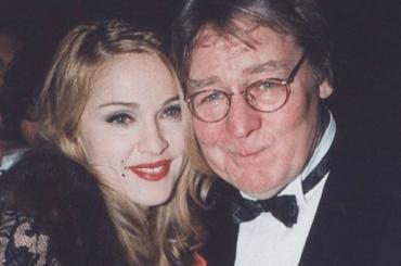 """Madonna ricorda Alan Parker: """"Mi ha insegnato così tanto, ha creduto in me, con Evita mi spinse al limite"""""""