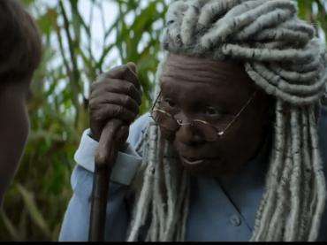 L'ombra dello scorpione, il primo trailer della serie horror con Whoopi Goldberg