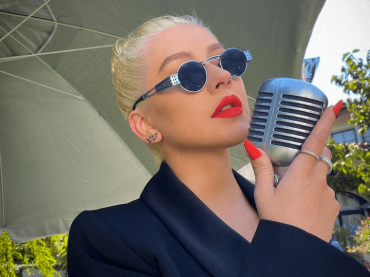"Christina Aguilera live con ""Reflection"" e ""Loyal Brave True"" da Mulan, il video da Good Morning America"