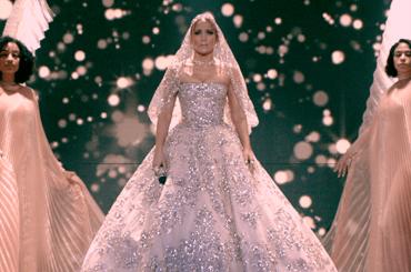 Marry Me, primo trailer e data d'uscita per la romantic comedy con Jennifer Lopez  e Maluma