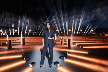 """Laura Pausini dal Colosseo per """"Mika I Love Beirut"""", il live di Tra te e il Mare – video"""