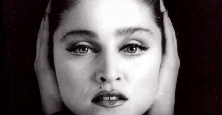 37 anni fa Madonna appariva sulla sua prima copertina: così Island Magazine scriveva la Storia