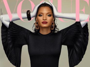 Indya Moore di Pose pazzesca sulla cover di Vogue Spagna – video